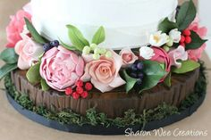 Sugar Log Base and Flowers for cake