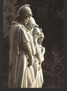 Roman statues of Dacians, Romanians ancestors