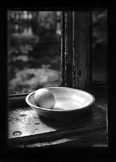 Photo © Josef Sudek / Still life / Egg