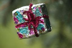 foil ornaments - happy hooligans - easy Christmas crafts for kids