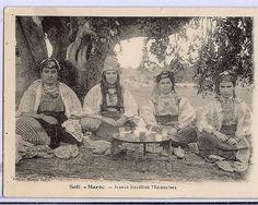 Moroccan Jewish women.