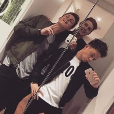 Watch out ladies these bad boys are about to hit the town and tear up the d-floor. Connor Maynard, Jack And Conor Maynard, Male Youtubers, British Youtubers, Buttercream Squad, Caspar Lee, Ricky Dillon, Vlog Squad