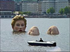 image thumb470 Top 50 Most Unusual & Strange Statues Around The World