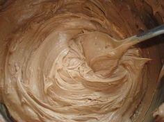 … naprawdę pyszny krem i choć w składzie ma sporo masła nie jest tłusty – jest delikatny, maślany, z przyjemnie czekoladową nutką :) Idealn... Polish Recipes, Pavlova, Cream Cake, No Bake Desserts, Amazing Cakes, Sweet Recipes, Cupcake Cakes, Peanut Butter, Sweet Tooth