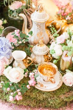A whimsical Alice in Wonderland wedding shoot. Wedding with Afternoon Tea and Rockabilly // Styled Shoot Contributor Extra Special Touch Photography by Becky Ryan Photography Crazy Wedding, Tea Party Wedding, Wedding Table, Wedding Day, Wedding Shoot, Wedding Disney, Garden Wedding, Alice In Wonderland Aesthetic, Alice In Wonderland Tea Party