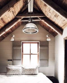 exposed beam + lathe ceiling | interior design + decorating ideas for the bedroom