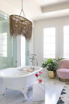 dream tub, marble tiles
