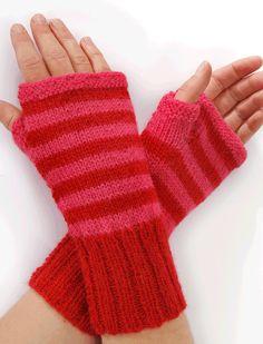 Strik til dig Archives - Side 8 af 8 - susanne-gustafsson. Easy Knitting, Knitting For Beginners, Knitting Socks, Fingerless Mittens, Wrist Warmers, Knitted Bags, Bandeau, Baby Knitting Patterns, Lader
