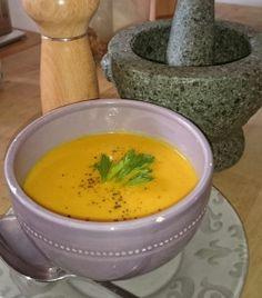 Pittige pompoensoep met gember en curry