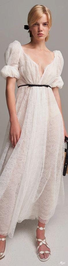 Im So Fancy, Haute Couture Fashion, Giambattista Valli, Formal Dresses, Wedding Dresses, Pretty Dresses, Spring Summer Fashion, Catwalk, One Shoulder Wedding Dress