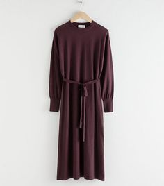 Wool blend knitted midi dress with a slouchy silhouette, self-tie belt and high-cut side slit.Ribbed long cuffsVoluminous sleevesDropped shouldersLength of dress: / (size wears: EU 36 / UK 10 / US 4 / Small Fashion Story, Fashion Outfits, Fashion Trends, Best Travel Clothes, Satin Midi Dress, Midi Dresses, Dress Red, London Girls, Leather Midi Skirt