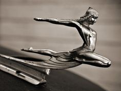 Love the sleek distortions of the body in Art Deco...