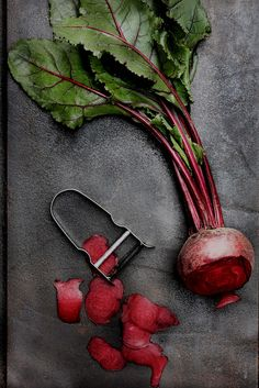 Food | Nourriture | 食べ物 | еда | Comida | Cibo | Art | Photography | Still Life | Colors | Textures | Design | beet by Mónica Isa Pinto, via Flickr