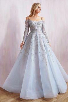 Prom Dresses For Teens, Formal Dresses, Vintage Prom Dresses, Pretty Prom Dresses, Prom Outfits, Awesome Dresses, Pageant Dresses, Quinceanera Dresses, Evening Dresses