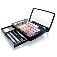 Christian Dior Travel Expert Studio Makeup
