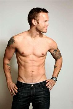 Bob Harper!  yeah,id work out harder if this was standing in front of me too...lol