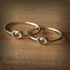2 Friendship knot rings - Set of two best friends rings - sterling silver 925 - 16 gauge - gift packaging