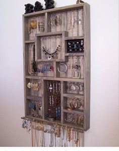10 Awesome DIY Jewelry Organizers Recycling ideas Jewellery