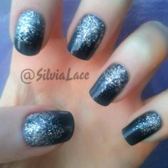 Sparkly nails with glitter! OPI Roadhouse Blues