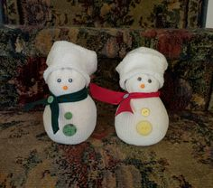 ($5) Starting to get festive with a couple of Snow sockman ⛄️☃️❄️ #NeateCrafts #DIY