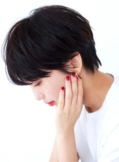 Pin on Hair Style Pin on Hair Style Medium Short Haircuts, Bob Haircuts For Women, Easy Hairstyles For Medium Hair, Short Hair Cuts For Women, Medium Hair Styles, Cool Hairstyles, Short Hair Styles, Hair Day, New Hair