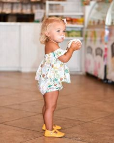 The cutest kids shoes for baby and toddler! The cutest kids shoes for baby and toddler! The post The cutest kids shoes for baby and toddler! appeared first on Toddlers ideas. Toddler Girl Style, Toddler Girl Outfits, Toddler Shoes, Toddler Fashion, Kids Fashion, Baby Style, Babies Fashion, Toddler Girls Clothes, Baby Shoes For Girls