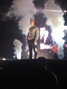 Justin bieber purpose tour World✨ Justin Bieber, Jessie J, Beautiful Soul, Cute Photos, My Boys, Gq, Tours, Concert, Yeezy