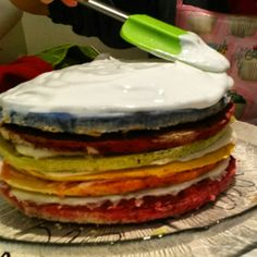 Rainbow cake #rainbowcake #meringueicing