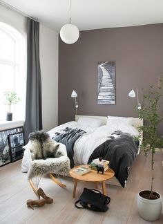Fantastisch Wood, Gray And White, The Winning Trio: Lisa And Her Husband Sverre Bought  This House On 3 Floors In The Center Of A Norwegian City.