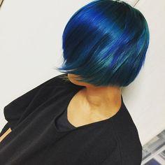 WEBSTA @ shoyan.orgn - ⚡️⚡️#ヤバめ#遅めのハロウィン/////////#followalways#tagsforlikes#instagood#instalike#swag#cool#beauty#color#cute#fashion#hair#manickpanick #style#マニパニ#髪#青#shorthair#womenshairstyle#JAPAN