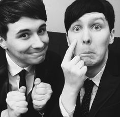 Dan and Phil . Danisnotonfire . AmazingPhil . Dan Howell . Phil Lester . This is so cute omg ♡