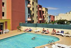 La piscine de la résidence ! Pour vous détendre pendant vos congés.