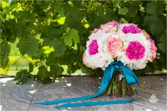 Pink and tiffany blue bridal bouquet | Nina Hintringer Photography - Wedding Inspirations: What Makes a Bridal Bouquet Beautiful? - www.ninahintringer.com