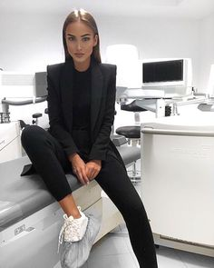 Style look fashion Business Casual Outfits, Professional Outfits, Office Outfits, Classy Outfits, Trendy Outfits, Formal Outfits, Bad And Boujee Outfits, Corporate Outfits, Office Dresses
