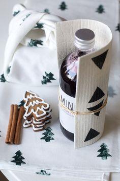 Herkkulahjat pakettiin - Sydänmerkki Modern Christmas, Handmade Christmas, Christmas Time, Christmas Gifts, Xmas Crafts, Yule, Little Gifts, Presents, Diy Projects