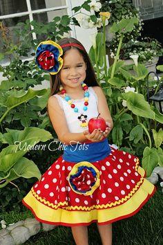 Snow White dress-up apron costume