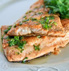 Trout with Parsley and Lemon Butter Recipe Trout Fillet Recipes, Salmon Recipes, Veggie Recipes, Fish Recipes, Seafood Recipes, Dinner Recipes, Lake Trout Recipes, Yummy Recipes, Fish Dishes