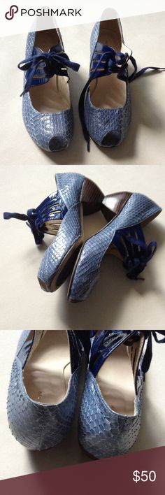 "Anthropologie ALL BLACK blue shoes Beautiful snake skin print pattern leather 2 tone blue lace up shoes in good condition. Size 38.5"" fits size 8 better. Brand name ALL BLACK Anthropologie Shoes Heels"