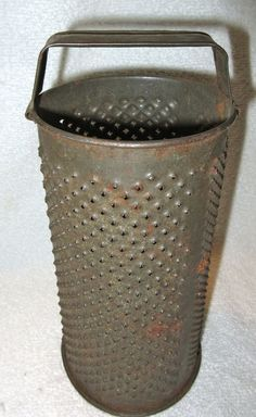 Primitive Antique Tin Grater/Zester, Kitchen Accessory/Tool Circular with Handle