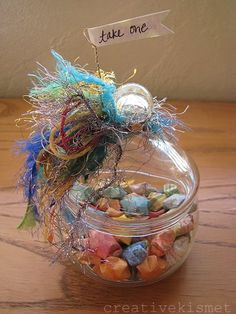 A wonderful way to be good to yourself or someone you love. What fun to keep a few in your handbag and give them out to stressed moms, harried cashiers, overworked clerks, or just anyone who seemed to need encouragement. Star jar by Regina (creative kismet)