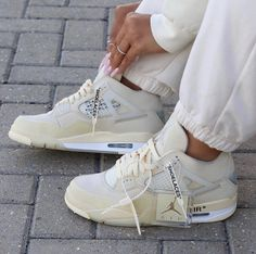 Image in = shoes = collection by blond on We Heart It Sneakers Mode, Sneakers Fashion, Fashion Shoes, Shoes Sneakers, Adidas Sneakers, Swag Shoes, Jordan Sneakers, Sneaker Heels, Designer Shoes