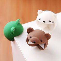 Get 'em in brown bear, white cat, and green frog. Eckenschutz