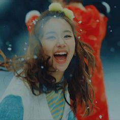 Minha filha tá completando ano dona dos melhores sorrisos uma bebe ela é mesmo rapper te amo tanto meu amor #twice #momo #mina #tzuyu #sana #jihyo #dahyun #jeongyeon #chaeyoung #nayeon #knock #tt #jyp #kpop #kpopgirls #kpopgirlsgroup #kpopfan #rapperkpop #dancekpop #maknae #bias #ultimatebias #knockknock #cheerup #ohhahh #onces #once #kpoptwice #happychaeyoungday