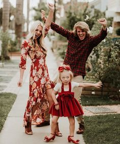 Everleigh, Savannah and Cole Savannah Soutas, Cole And Savannah, Sav And Cole, Everleigh Rose, Cute Family, Family Goals, Mommy And Me, Future Baby, Toddler Outfits