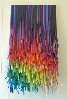 Lustre en papiers multicolores... ...
