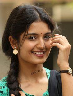 Glamorous Indian TV Girl Priyanka Jain Smiling Face Closeup South Indian Actress PRIYANKA CHOPRA PHOTO GALLERY  | PBS.TWIMG.COM  #EDUCRATSWEB 2020-06-07 pbs.twimg.com https://pbs.twimg.com/media/EV38ja-UwAADQcB?format=jpg&name=900x900