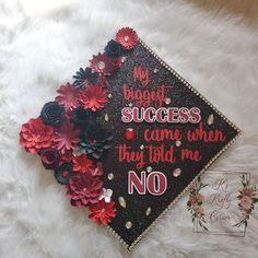Red and black graduation cap/ graduation cap ideas