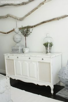 14 Random DIY Ideas Which Can Make Your Life Easier - Transform an old radio into a chest