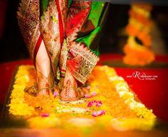 indian wedding bridal photoshoot ideas. marathi bride