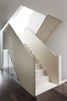 continuous stair - town houses - Wakefield St - Bloomsbury, London - Piercy & Co.
